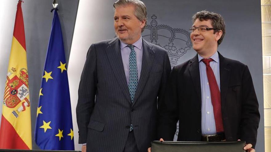 """El Gobierno ve """"lógico"""" hablar con Sánchez tras el Congreso del PSOE"""