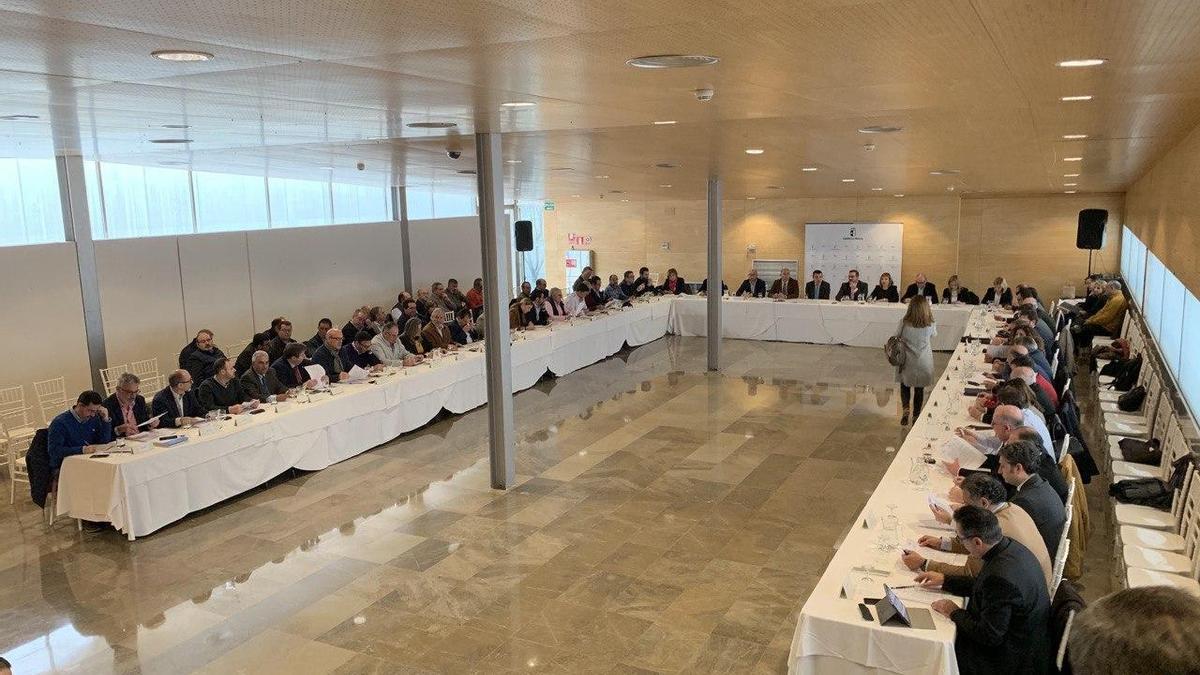 Reunión de una reunión anterior de la Mesa del Agua, en una imagen de archivo