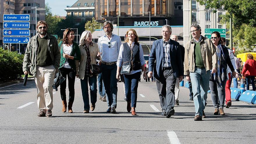 El PP omite en su web las imágenes de tensión que vivieron sus líderes en la manifestación de la AVT / Foto: PP