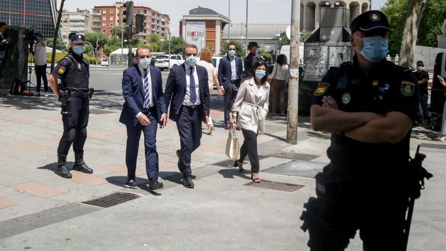El delegado del Gobierno en Madrid, José Manuel Franco (c), a su llegada para declarar como investigado por el 8M.