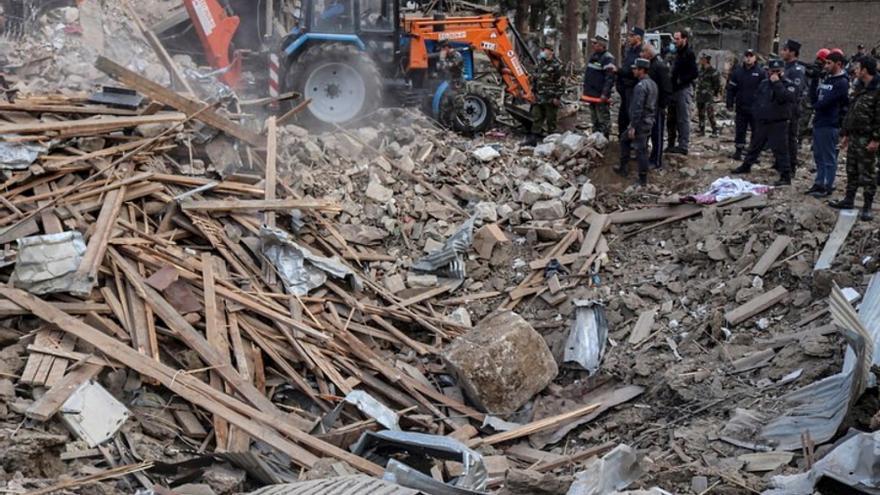 Al menos 7 muertos en un ataque contra la segunda ciudad azerbaiyana, según Bakú
