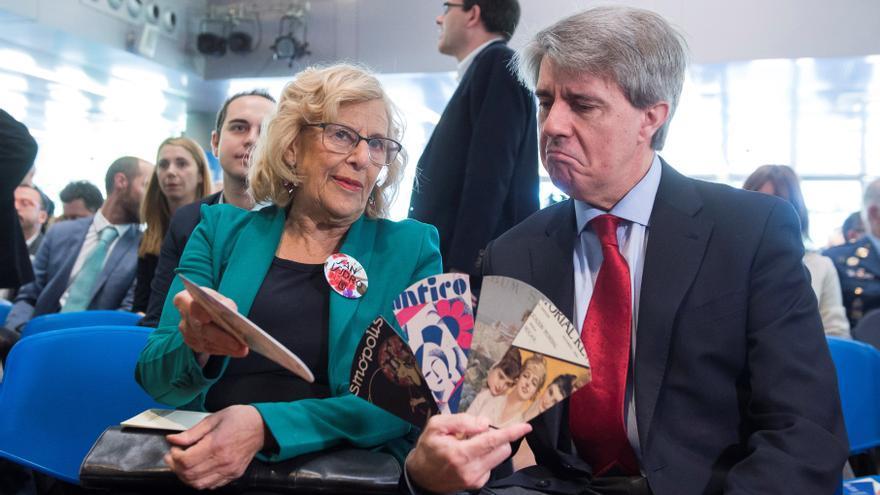 El presidente de la Comunidad de Madrid, Ángel Garrido, y la alcaldesa Manuela Carmena. / Fernando Villar. EFE