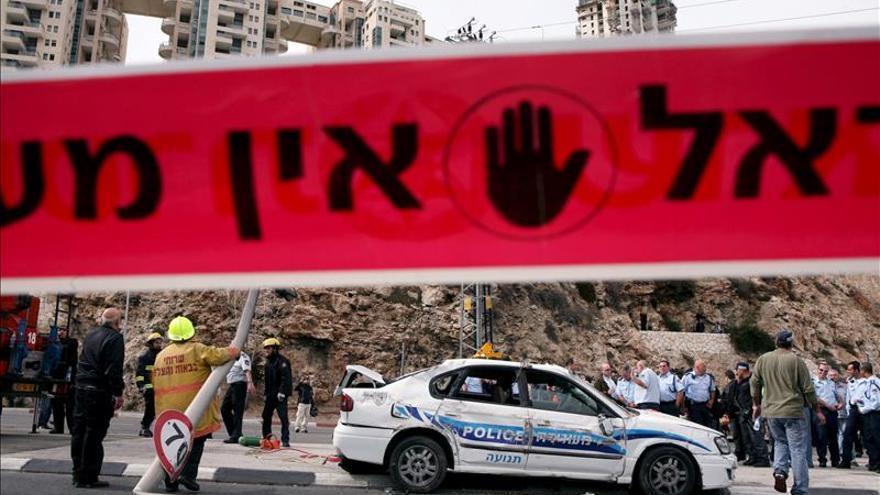 """Netanyahu acusa a Abás y advierte de que responderá con """"puño de hierro"""""""
