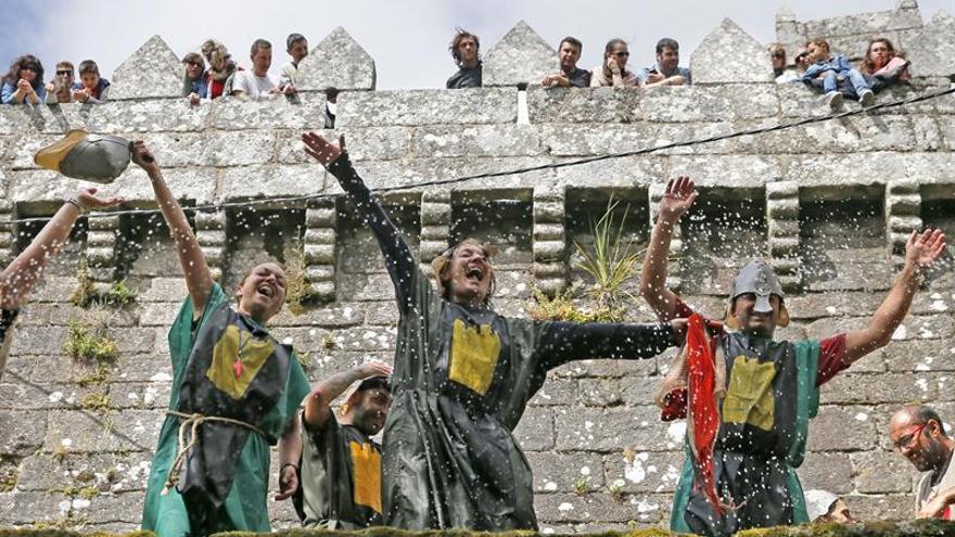 Los Irmandiños izarán la bandera en el Castillo de Vimianzo en un asalto festivo