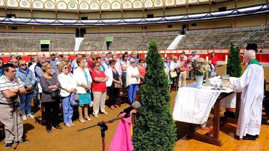 La Plaza de Toros acoge una misa en memoria de Iván Fandiño