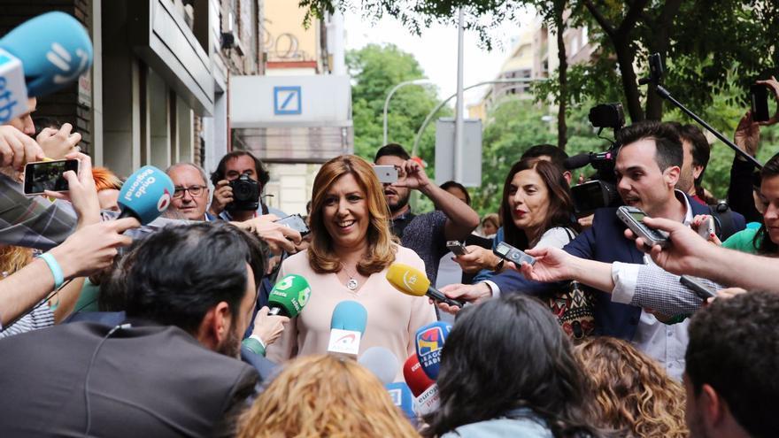 Susana Díaz, a su llegada a Ferraz para seguir el recuento de las primarias del PSOE.