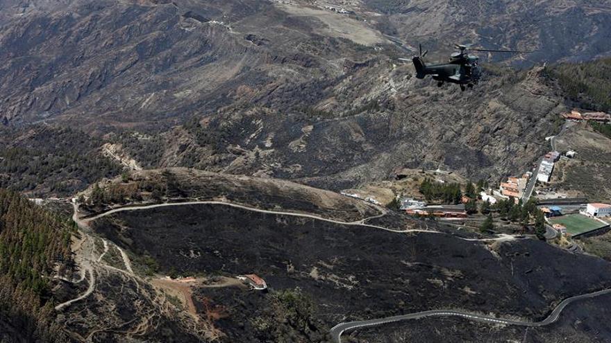 Vista aérea del recorrido que ha realizado en helicóptero el presidente del Gobierno en funciones, Pedro Sánchez , en su visita a las zonas afectadas por el incendio registrado estos días en Gran Canaria.