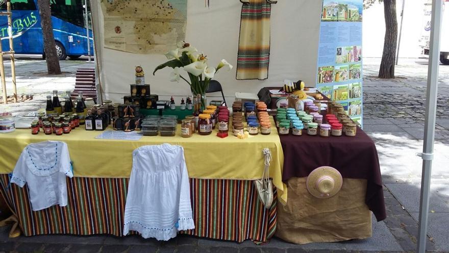 La abeja del guanche, de la empresa de los hermanos Valido de Gran Canaria.