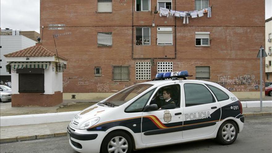 Cae una banda que vendía permisos de residencia con contratos falsos en Tarragona