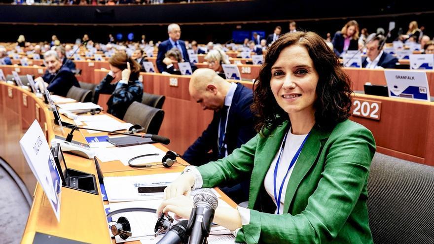 """Ayuso reclama un proyecto común europeo para frenar a los nacionalismos que """"empobrecen"""" a las regiones"""