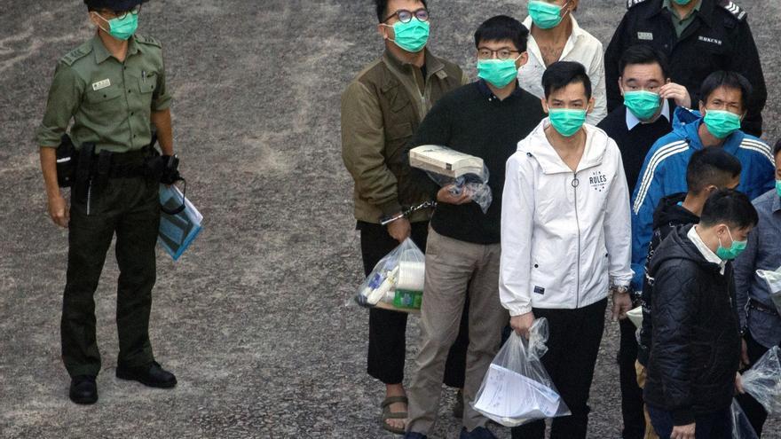 Condenado a 13 meses y medio de cárcel el activista hongkonés Joshua Wong