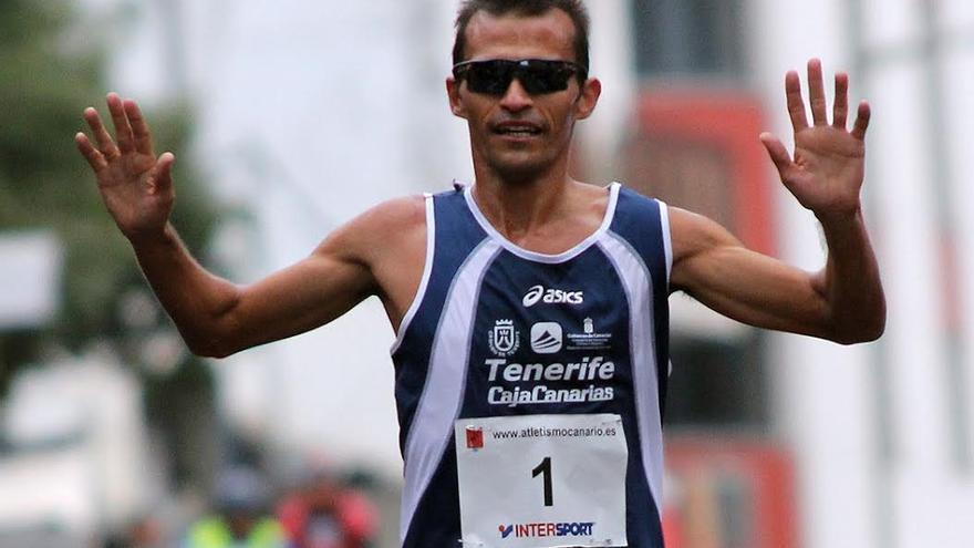 José Carlos Hernández.