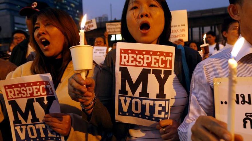 La Comisión Electoral quiere retrasar seis meses las elecciones en Tailandia
