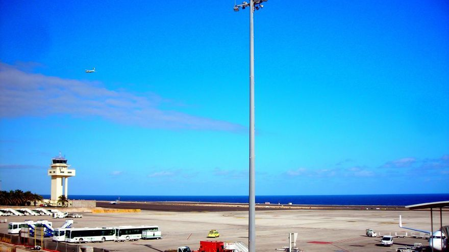 Aeropuerto de Fuerteventura. Flickr Sarahnay