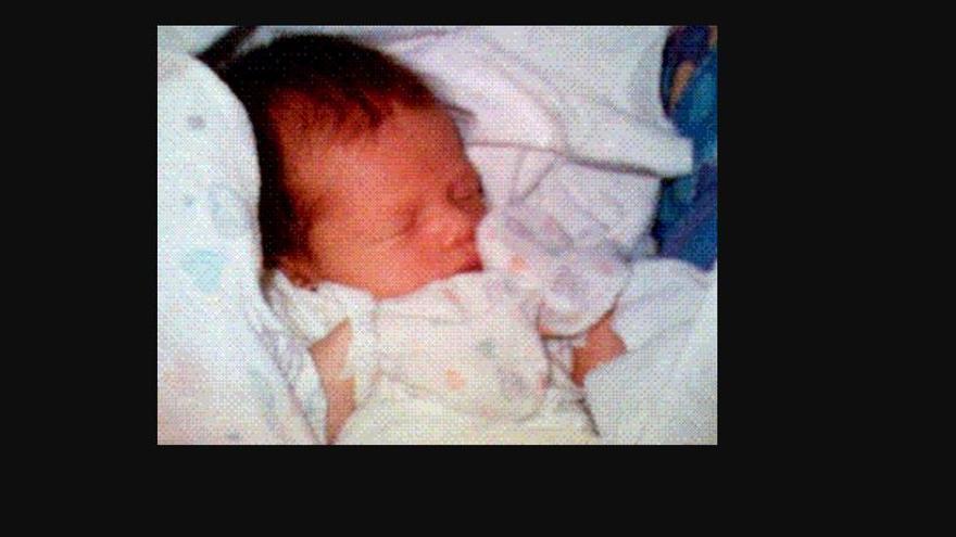 La foto compartida con un móvil tomada por Philippe Kahn después del nacimiento de su hija en 1997