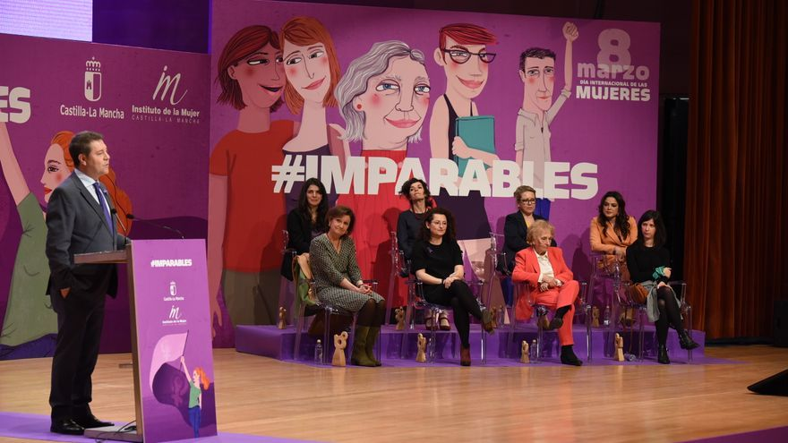 Acto institucional del Día de la Mujer en Castilla-La Mancha en el que se ha premiado a la periodista de eldiario.es, Ana Requena