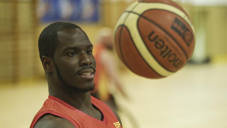 El jugador de baloncesto grancanario Amadou Diallo (Página Oficial del Comité Paralímpico Español)