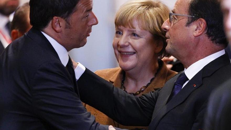 """Hollande, Merkel y Renzi volverán a abordar el """"brexit"""" a finales de agosto"""