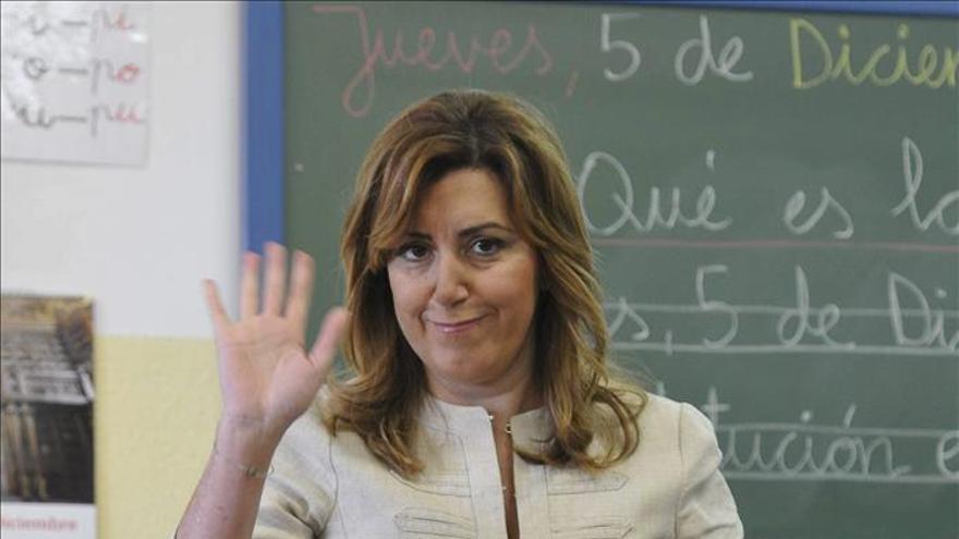 Díaz dice a los escolares que la educación es importante gracias a la Constitución