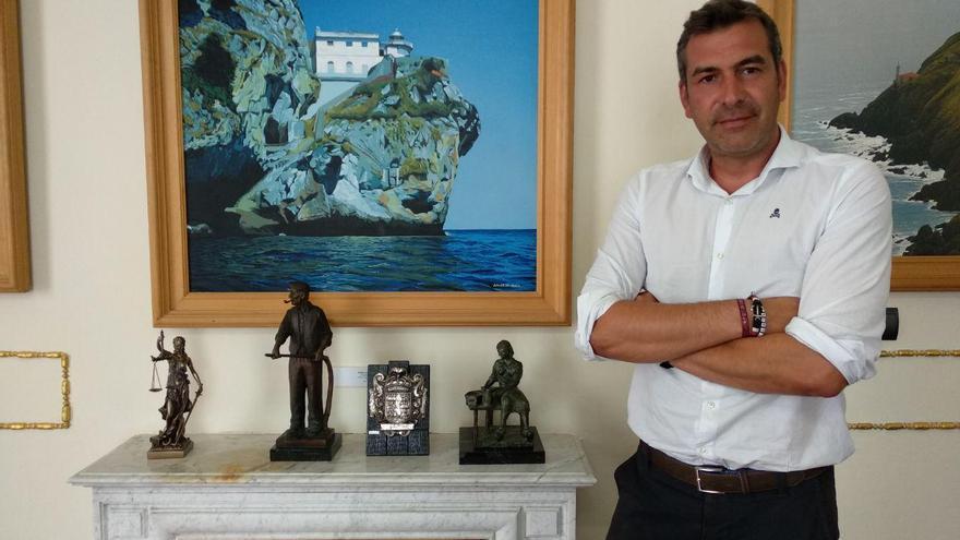 Sergio Abascal, alcalde de Santoña (PSOE). | R.A.