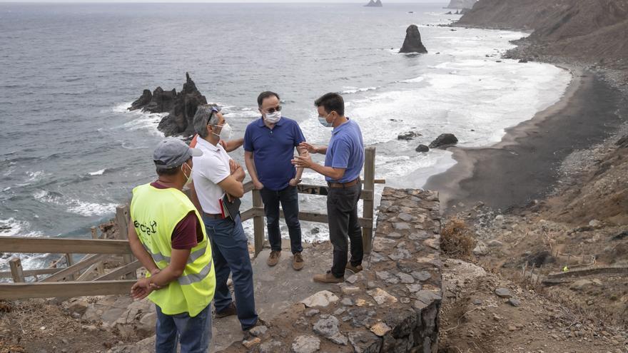 El Cabildo recuerda la prohibición de acceso a la playa de Benijo en Anaga