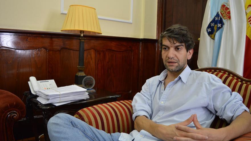 Jorge Suárez, alcalde de Ferrol, en su despacho