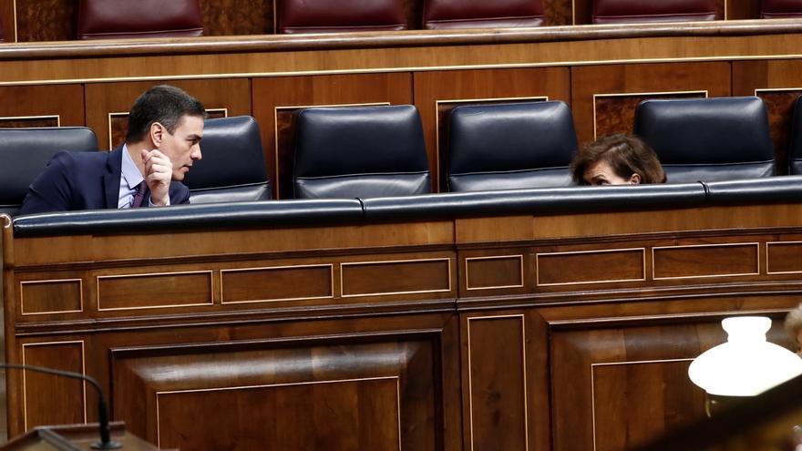 Sánchez elige a Calvo para coordinar la mesa de la reconstrucción y propone la primera reunión en abril