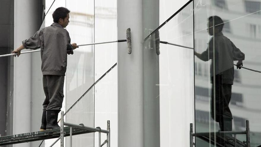 Sobrevive en Taiwán limpiador de ventanas golpeado por un rayo