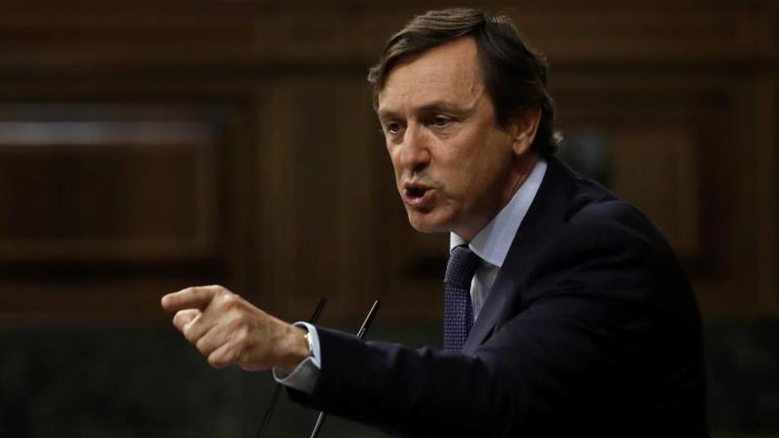 Hernando espera que Santamaría y Casado estén a la altura de lograr un PP unido