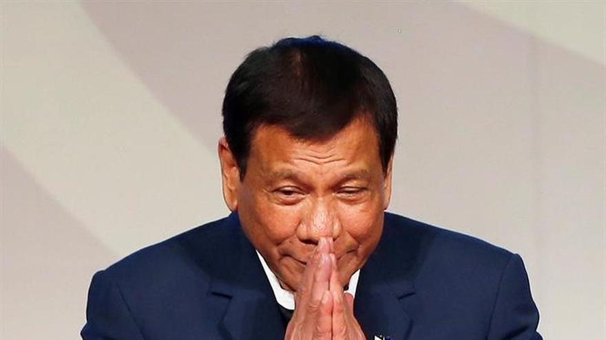 """Duterte se opone a que los líderes extranjeros cuestionen su """"guerra antidrogas"""""""