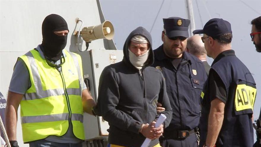 """Uno de los cuatro ciudadanos checos detenidos en la operación """"Dublín"""". (Efe/Elvira Urquijo A.)"""