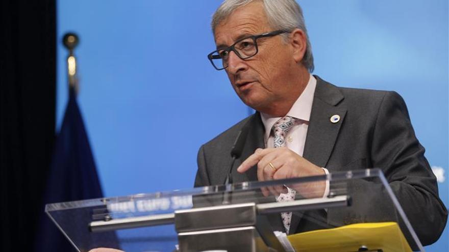 Juncker avisa que un parlamento autonómico no puede declarar la independencia