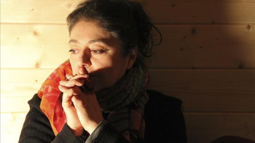 Simona Baldelli narra el horror de la guerra bajo prisma del realismo mágico