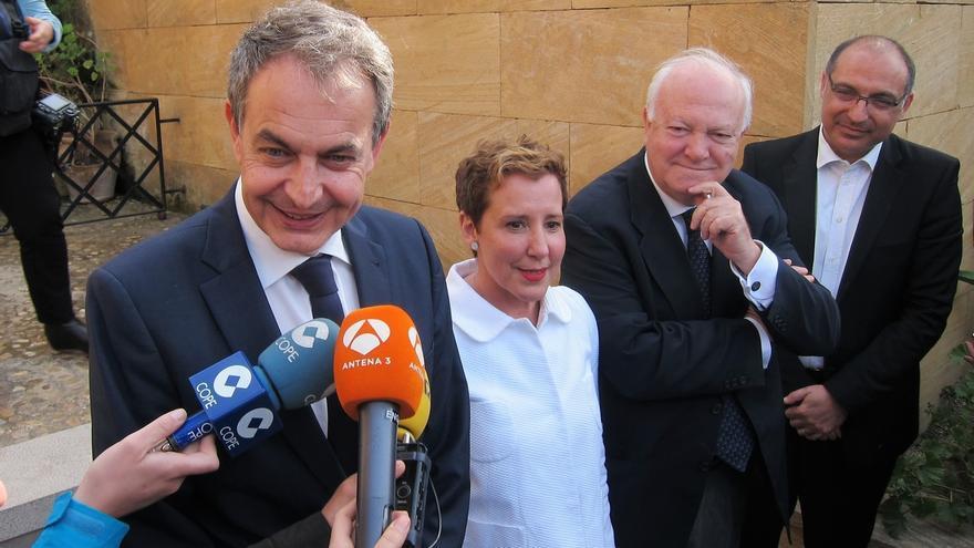 """Zapatero no apoyaría a Díaz si no tuviera """"una perfecta comprensión de la identidad de Cataluña o Baleares"""""""