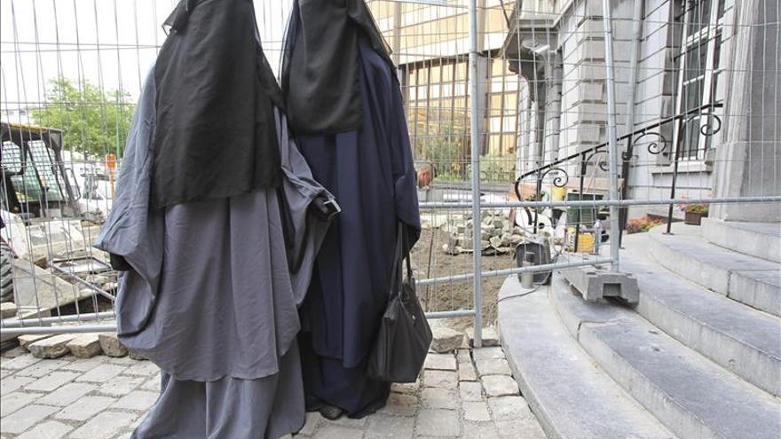 """EE.UU. denuncia una creciente """"retórica"""" antimusulmana en Europa y en Asia"""
