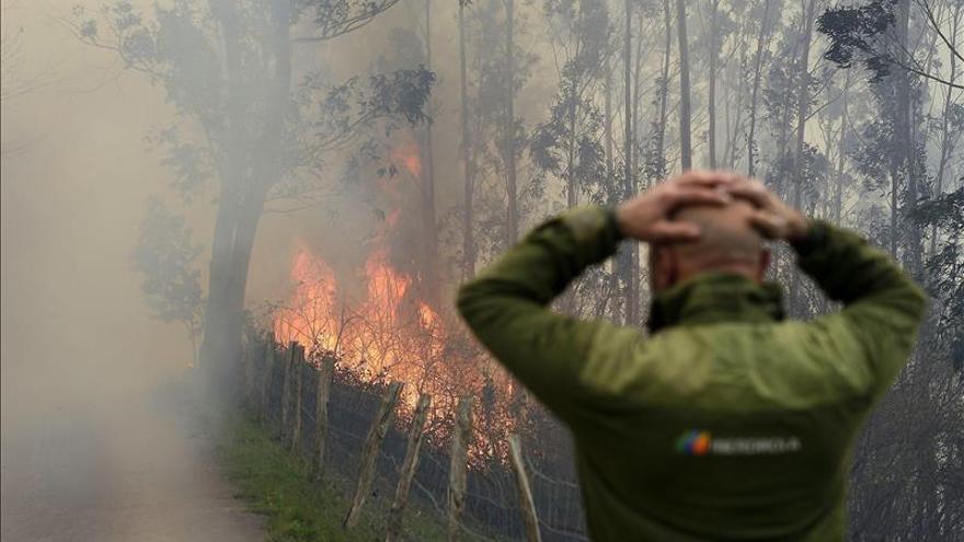 Cantabria no registra incendios activos, pero se mantiene en alerta máxima