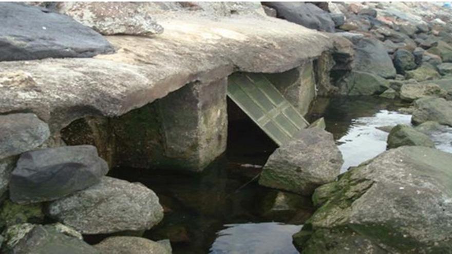 De los vertidos de aguas residuales #1