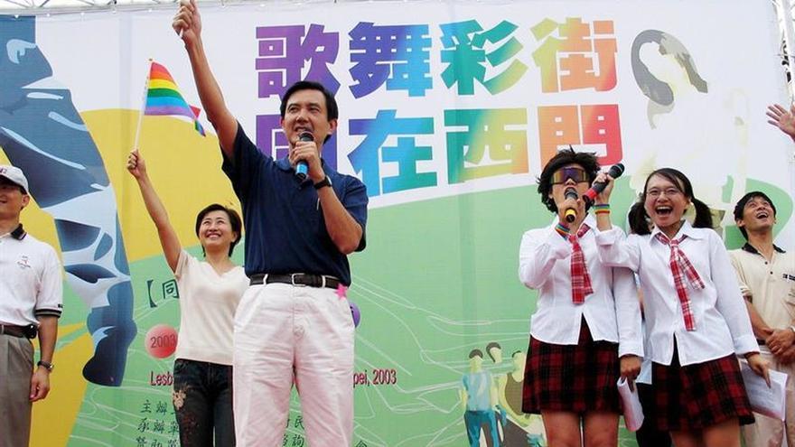 Protestas retrasan revisión legislativa del matrimonio homosexual en Taiwán