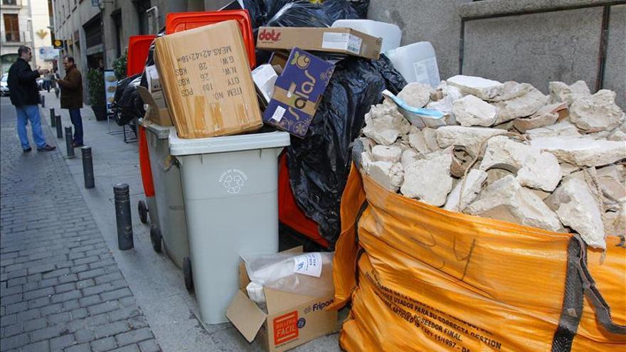 Desconvocada tras un acuerdo la huelga de recogida de residuos de Madrid