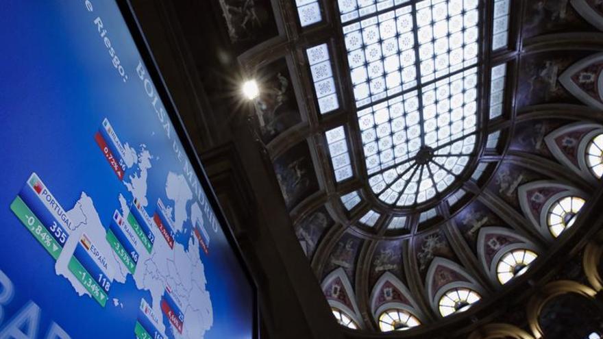 La prima de riesgo española sube un punto básico en la apertura, hasta 116