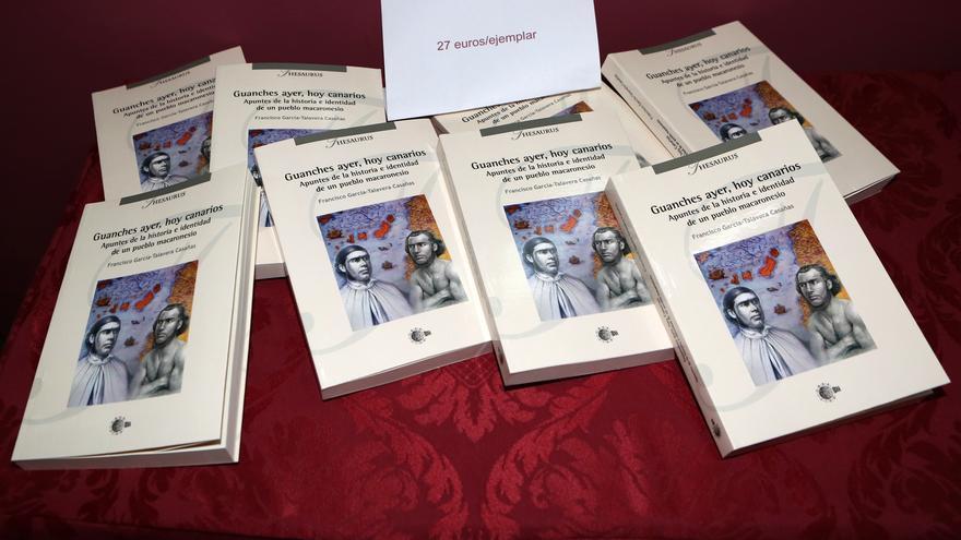 Libro de Francisco García-Talavera, 'Guanches ayer, hoy canarios'.
