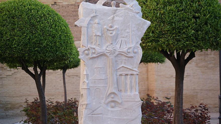 Primer monumento dedicado en España a las víctimas, en Mislata (Valencia), erigido en 2010.