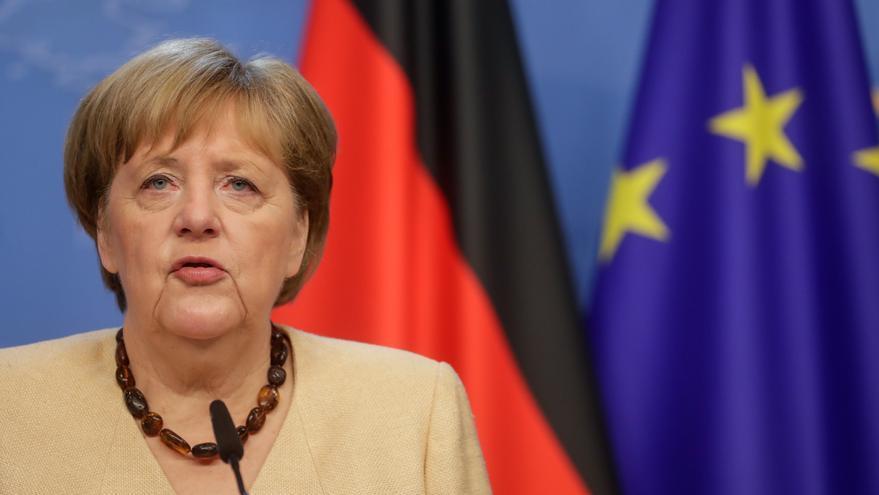 Merkel llama a dialogar con Rusia sobre temas controvertidos y cooperación