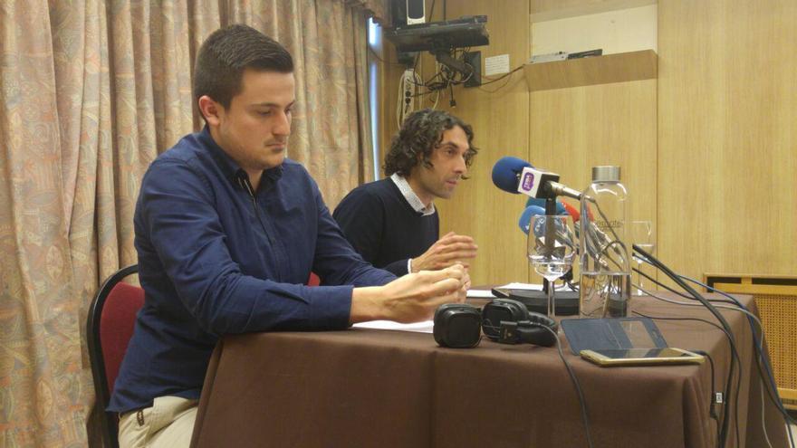 Alejandro Hoz y Javier Fernández Soberón en rueda de prensa.