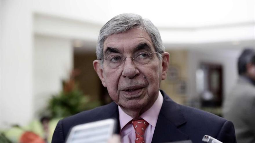 """Óscar Arias prevé """"enormes consecuencias"""" por la decisión de Trump sobre Israel"""