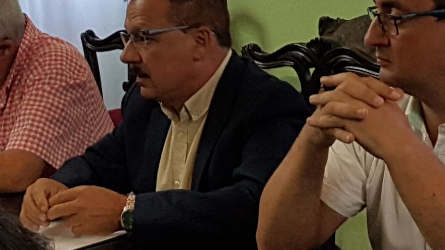Gregorio Alonso Méndez  (c), portavoz de CC en el Ayuntamiento de Fuencaliente.