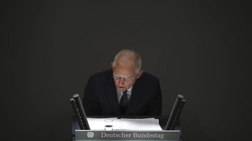 Berlín anuncia un incremento del gasto en seguridad interna y defensa