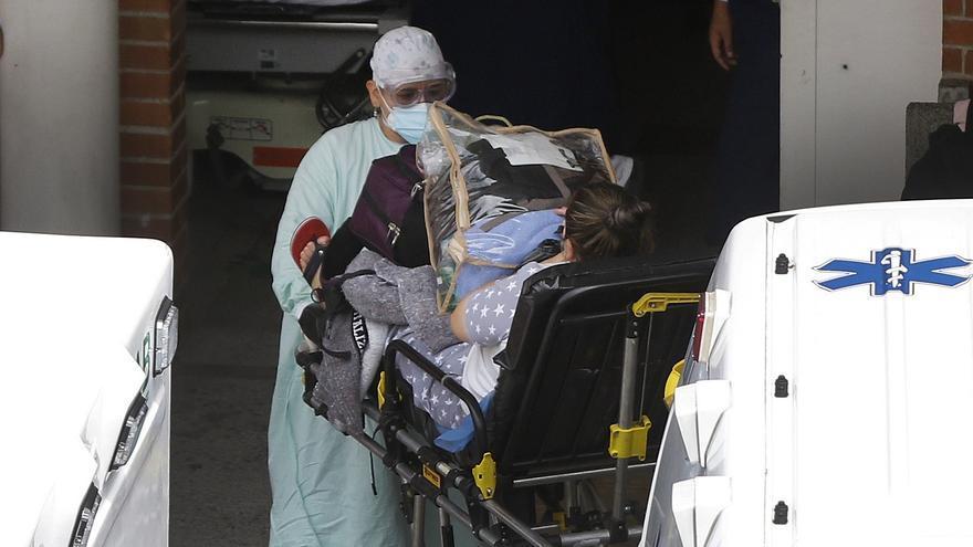 Colombia marca su tercer récord de muertes en cinco días con 490 decesos por covid-19