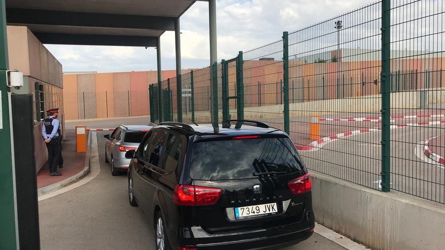 Iglesias llega a la cárcel de Lledoners para reunirse con Junqueras