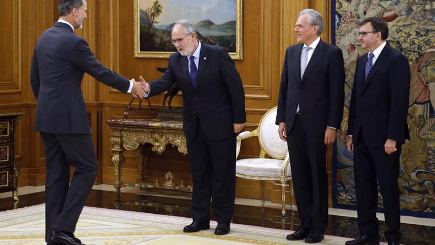 El Rey recibe a los presidentes de las principales organizaciones de notarios